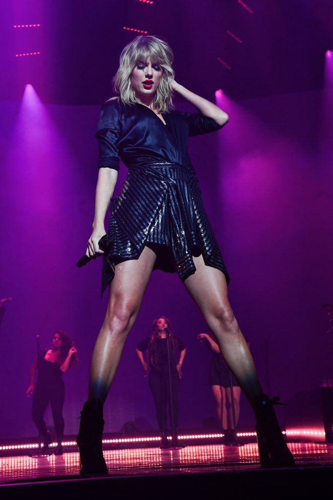 JUST ANNOUNCED   Taylor's City of Lover concert which aired on ABC was watched by 11.24 Million ppl which is more than Billboard awards and more than half of grammys viewers.... <br>http://pic.twitter.com/TURwzJPFYS