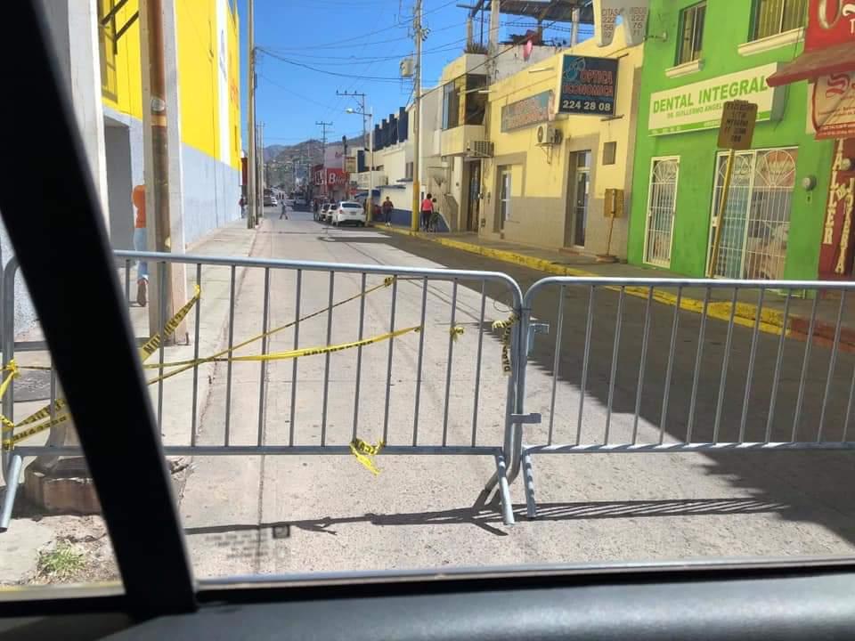 #Guaymas La prueba más clara del fracaso de las desviaciones de #SaraVa es el caso de un chófer de la ruta Guaymas Norte que se encuentra grave en @Tu_IMSS  Anduvo trabajando con los síntomas de #Covid19 desde los primeros días de mayo y nadie lo detectó.  Hoy está intubado.pic.twitter.com/FSu5b3QZC4