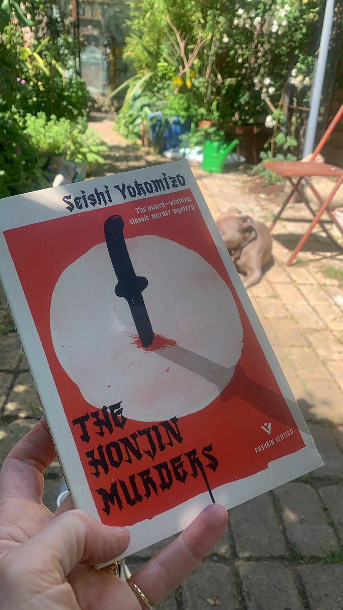 Taking an early lunch. Can't resist the reading pleasure of #thehonjinmurders @PushkinPress