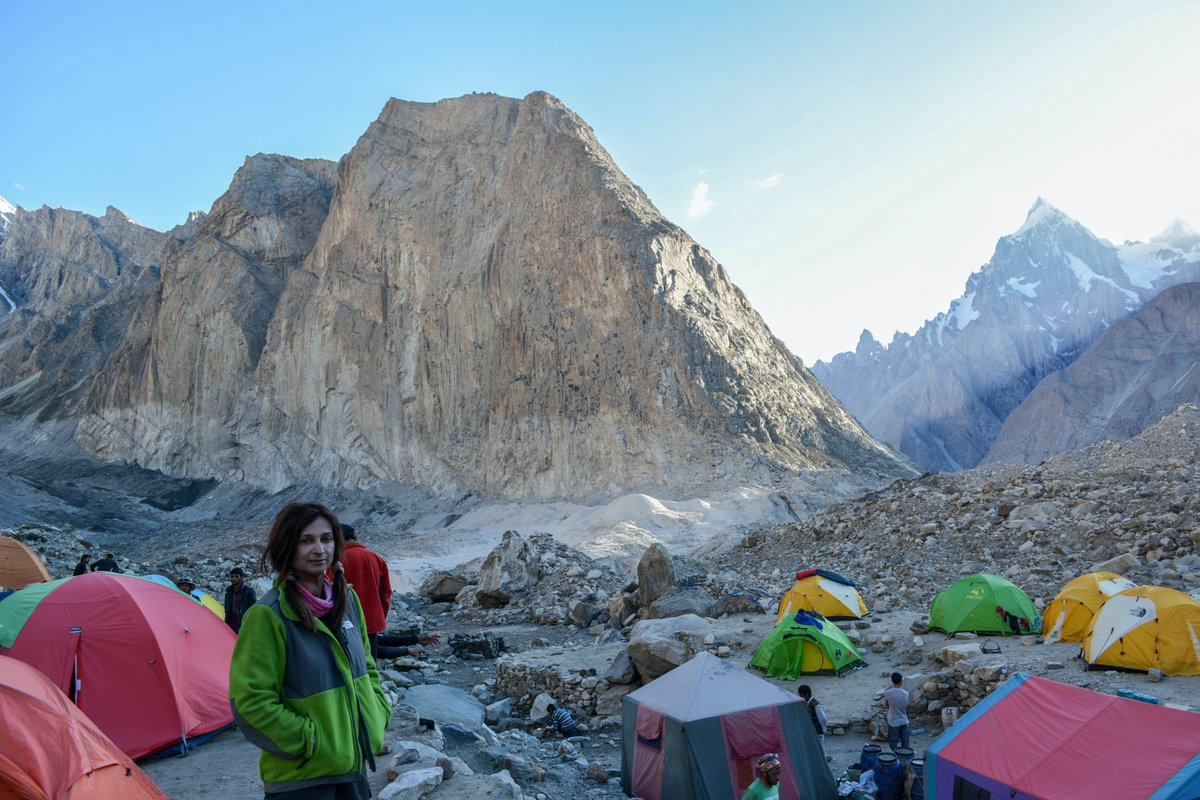 Trek on Baltoro Glacier, to Concordia & K2 base camp. #Saiyah #Baltoro https://t.co/zdsHA7sIYo
