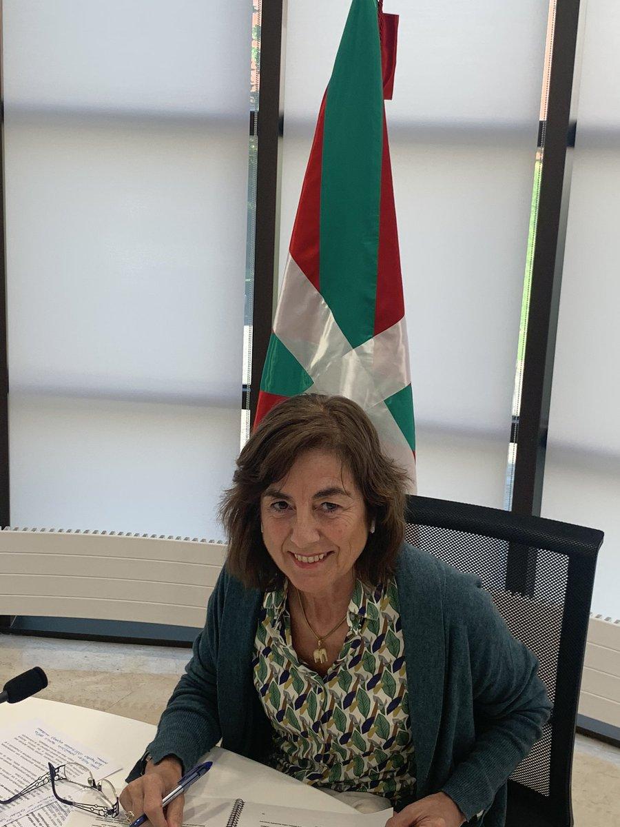 Berehala @euskadi_irratia ko @faktoriaEITB n. Egun on guztioi. https://t.co/vtS2NuedPB