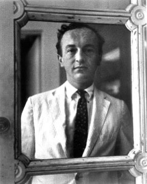 'In times of crisis, we must all decide again and again whom we love.' -  Frank O'Hara, Meditations in an Emergency, 1957 https://t.co/DjKECzlInL