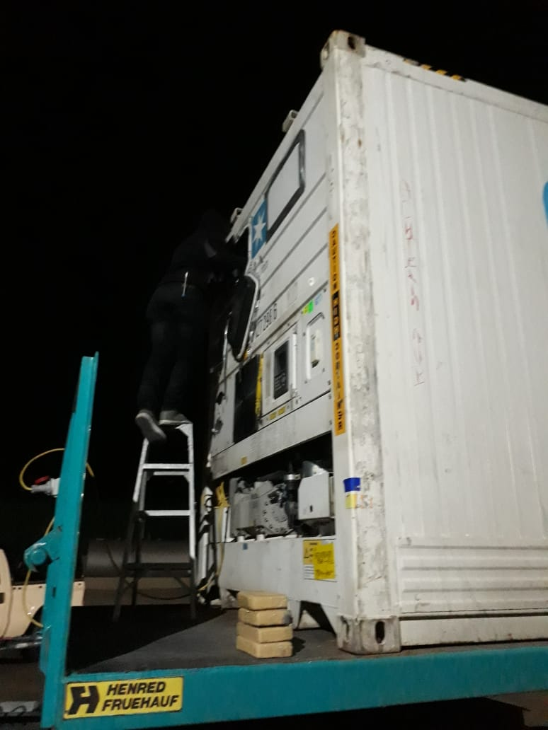 #sapsHAWKS Members of Narcotics Enforcement Bureau (SANEB) intercepted a truck with a container at a petrol station on the N1 en-route to Cape Town. Container was loaded with cocaine worth over R30 million. Suspect arrested and track seized. SW https://t.co/JqobJgzOxH https://t.co/BUHViW7Fa7