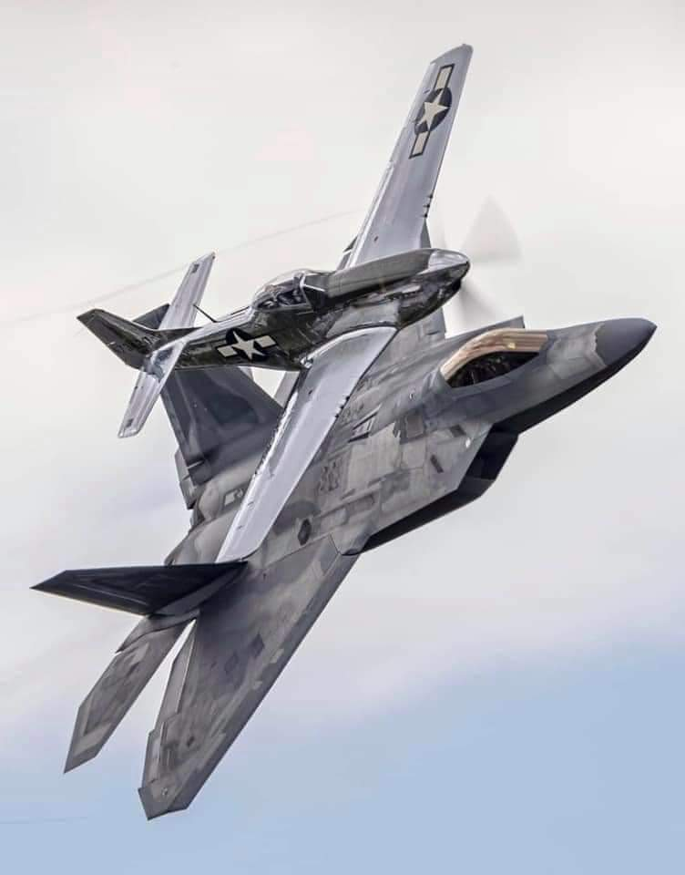 Old and New #F22 #F22Raptor