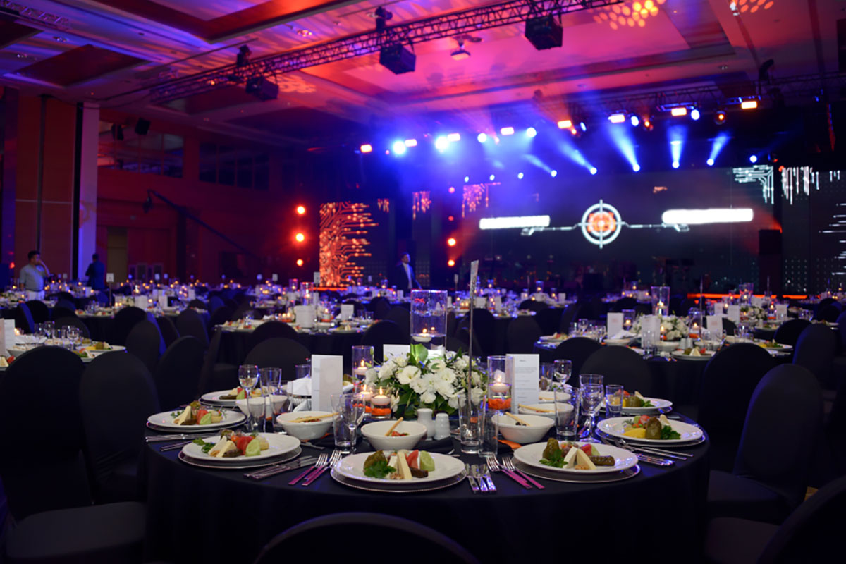 In the middle of the COVID-19 pandemic, it's difficult to imagine ever getting back to a world of lavish awards ceremonies - the world of red carpets, celebrities.. Read more:   http://ow.ly/ZQR750zF0v5  #eventprofs #eventplanner #covid #savelives #socialdistancing #awardsceremony pic.twitter.com/VerGQyhJ9B