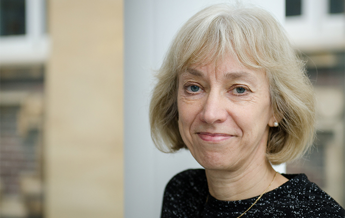 Congrats to Prof Heather Viles @Geodiverse who's been awarded the Founder's Medal by the Royal Geographical Society! @RGS_IBG #geographicalexcellence #celebratinggeography https://t.co/rsOEjG99Ez https://t.co/hQFyiMEQkk