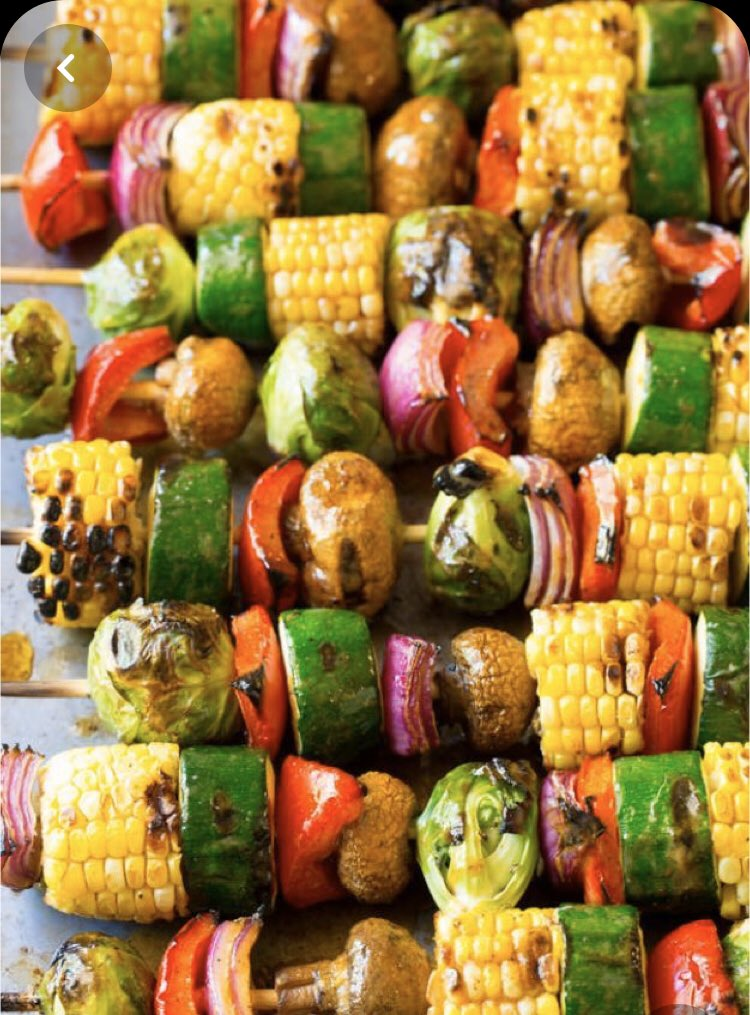 Eat the rainbow 🌈  Grilling vegetables on your #gas #bbq is a great way to get the kids eating them.  Let them help make #vegetables kabobs!  Keep the kids ones nice and simple with oil, salt and pepper. You can add a little chili flakes 🌶 to the adults https://t.co/DiIPiWEGTZ