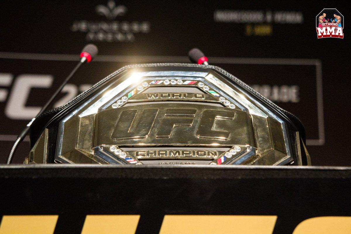 El #UFCLegacyChampionshipBelt representa una nueva era de UFC.  A partir de enero de 2019, los atletas que han ganado combates en el campeonato de #UFC han recibido un legado de UFC Championship Belt, que se utilizará durante la duración de su carrera profesional de #MMA. 🔥 https://t.co/EnpKLCAYtw