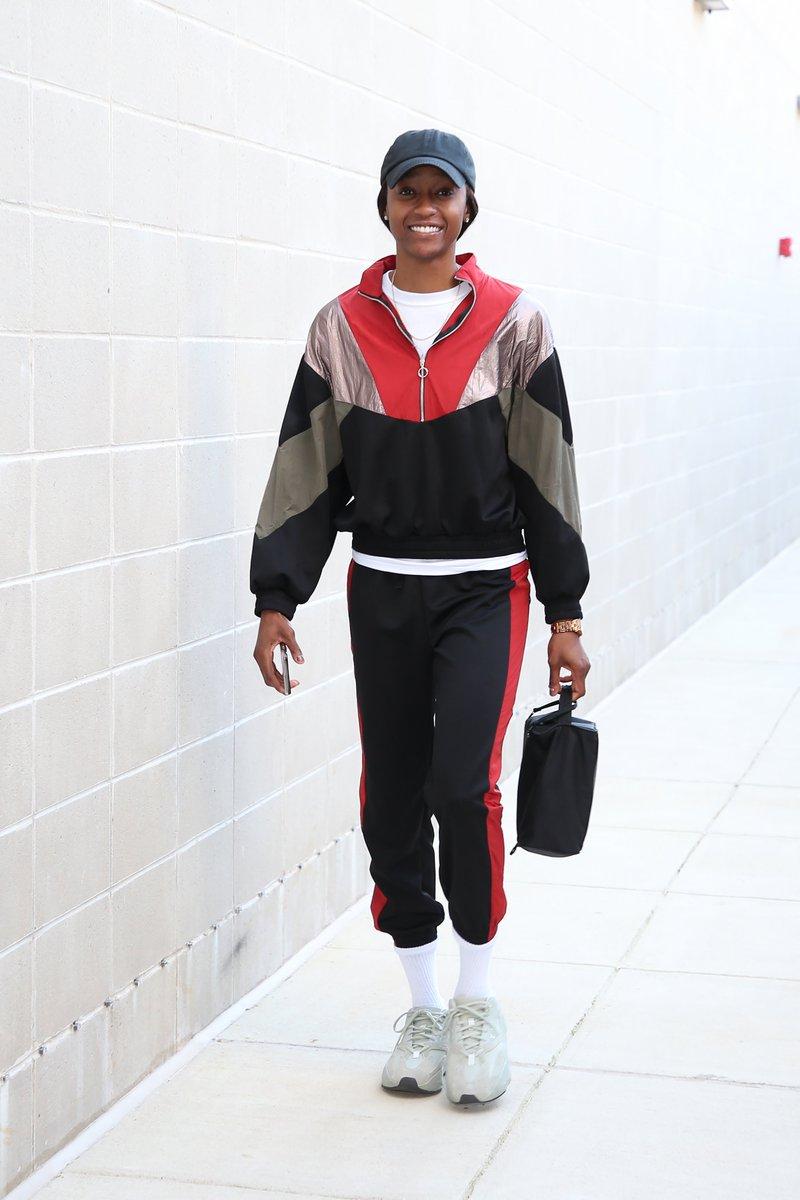 Happy Birthday, @_shatori! 🎈  #WNBABDAY https://t.co/l14j5CNBqL