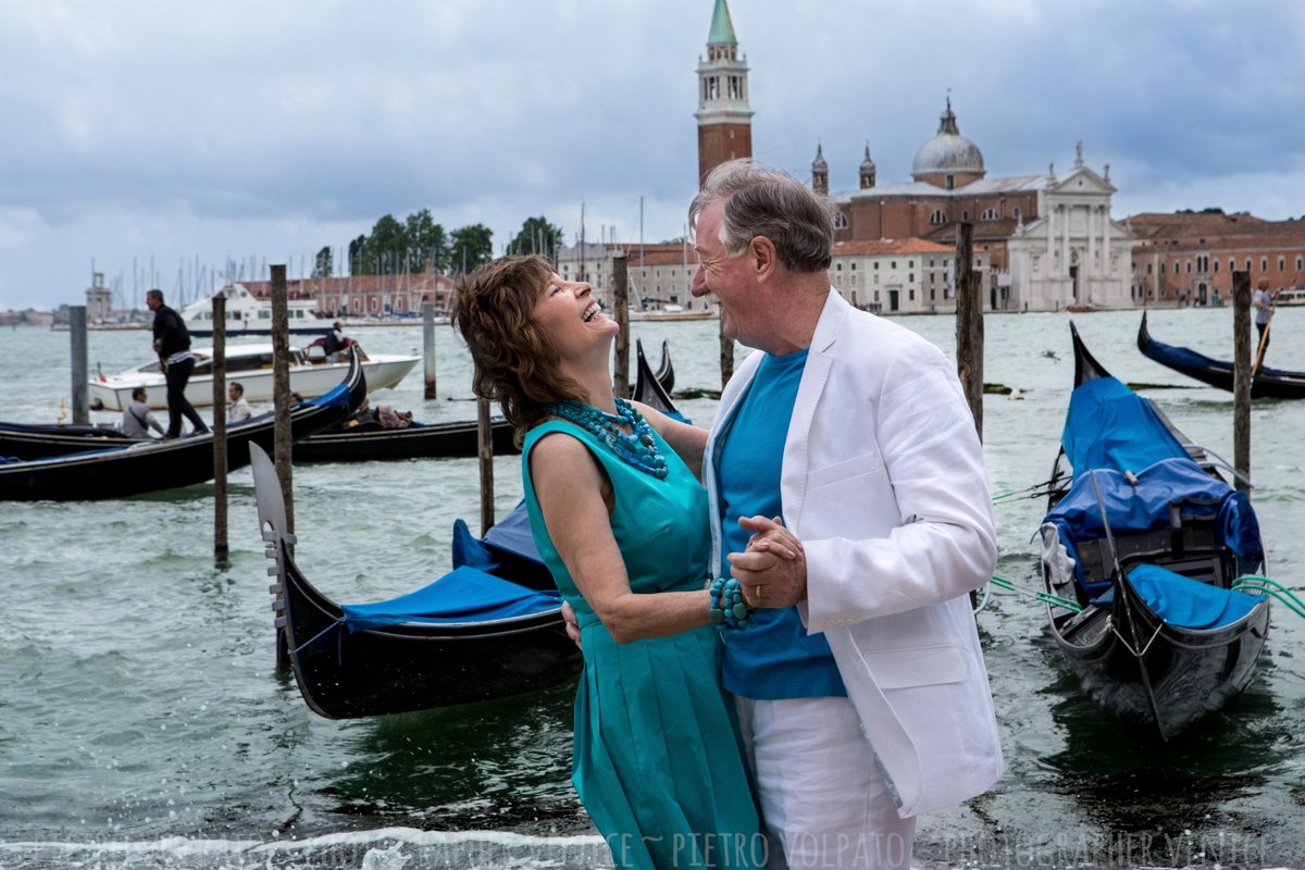 Feeling never goes away. Couple photo shoot in Venice about romantic and fun moments. Venice Photographer — Pietro https://www.pietrovolpato.com/ · #venice #photographer #venicephotographer #photographervenice #photography  #photoshoot #italy #venezia #fotografo #serviziofotograficopic.twitter.com/fo3dFKbkRh