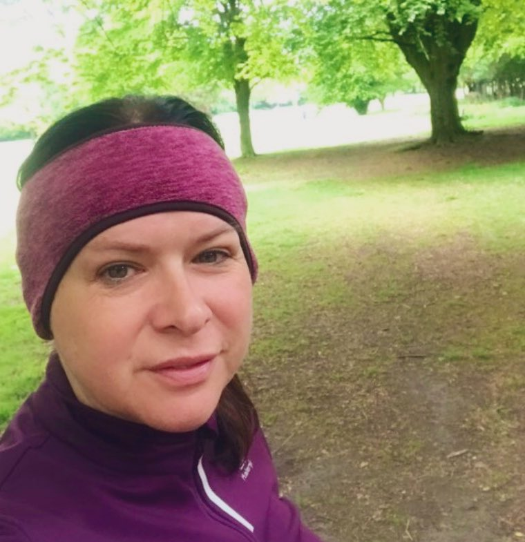 Great to get my first #10k in of the year & my first virtual race. Happy! #MentalHealthAwareness pic.twitter.com/Pxk08dO74J