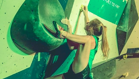Until we can get back to the wall, every day is TBT. 🧗♀️@jenwood435  📸: @rockjediphoto    #bootbananas #fruityfeet #fightthefunk #bootbananasathlete #climbing_is_my_passion #climbing_pictures_of_instagram #climb #teamgb #competition #bouldering #bouldercomp https://t.co/Ambq0R14LV
