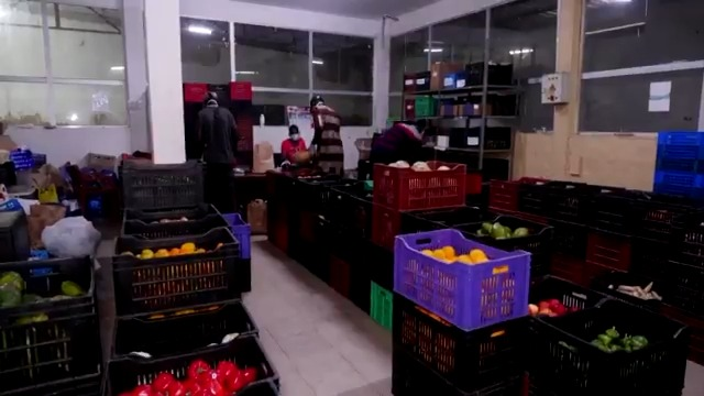 Club Kossam, an online food delivery company in Senegal, has doubled its deliveries as many locals have started ordering their groceries online reut.rs/2ZdBdid