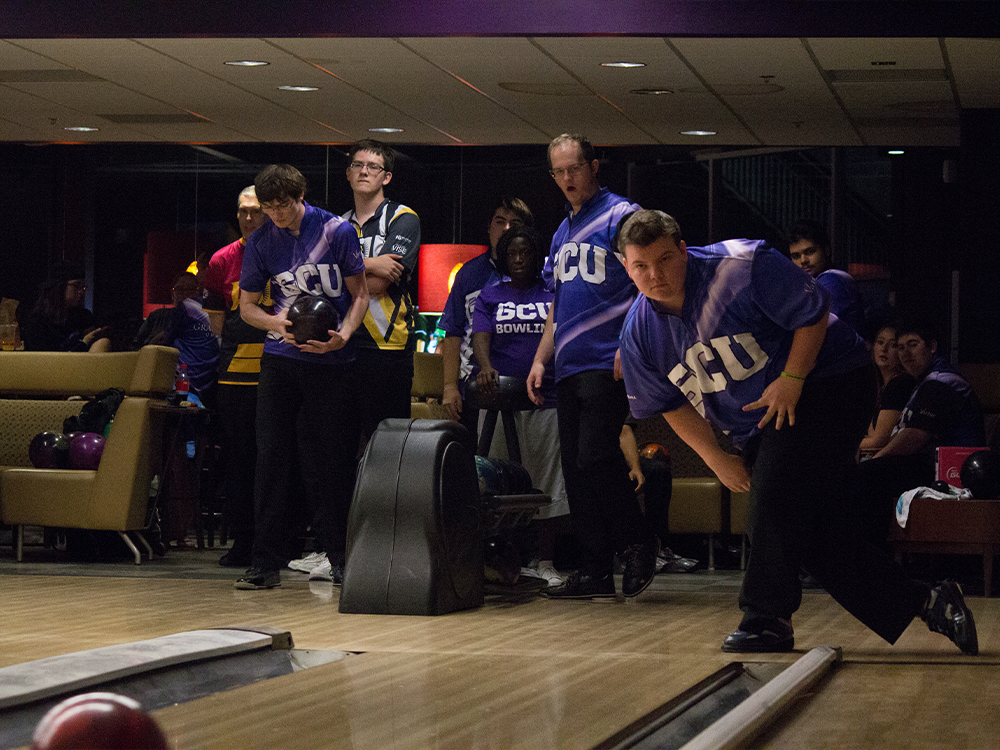 He never stopped being a leader - even when one moment in time overhauled his entire senior year. Read more about the inspirational legacy that Joshua Mabry leaves with @GCUBowling: https://t.co/C20xh3jJB3 #LivetheLopeLife #LopesRising @USBC https://t.co/3up3tDizQp