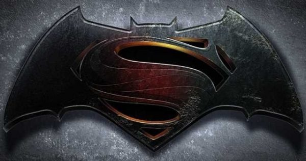 "Akiva Goldsman says his early 2000s Batman vs. Superman script was ""the darkest thing you've ever seen"" https://t.co/qESMDsdSWu"