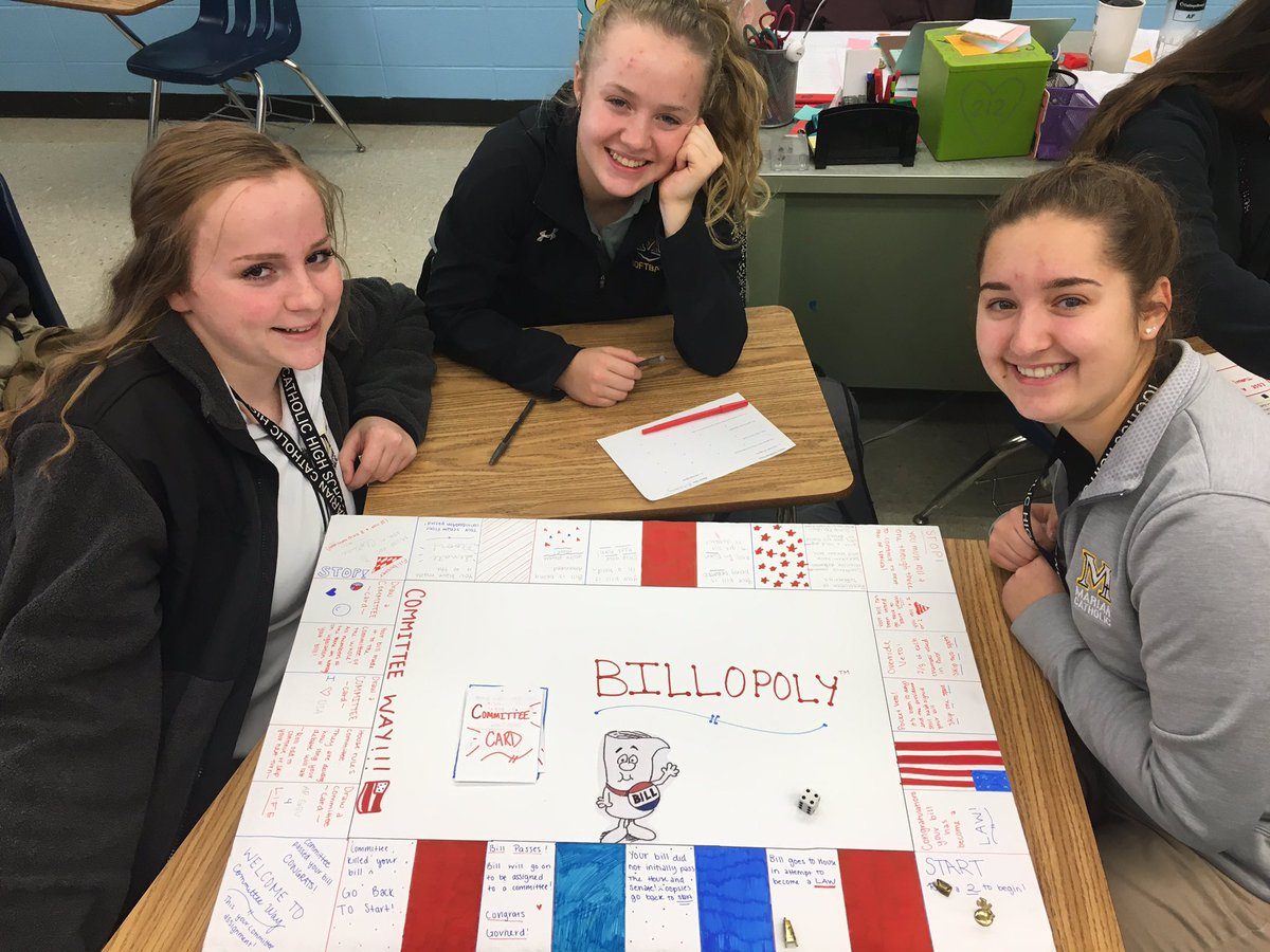 A2) How A Bill Becomes a Law Board games... one of my favorite classtime activities. #sschat