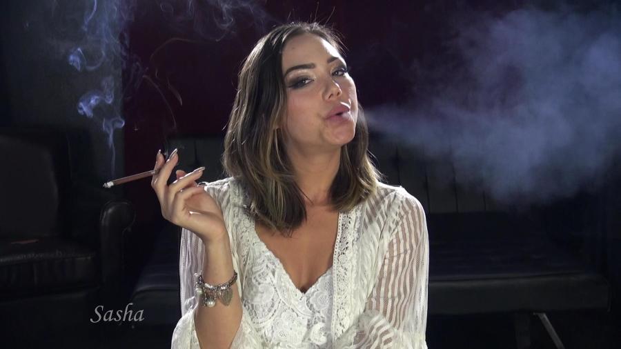 Young Girl Smoking Fuck