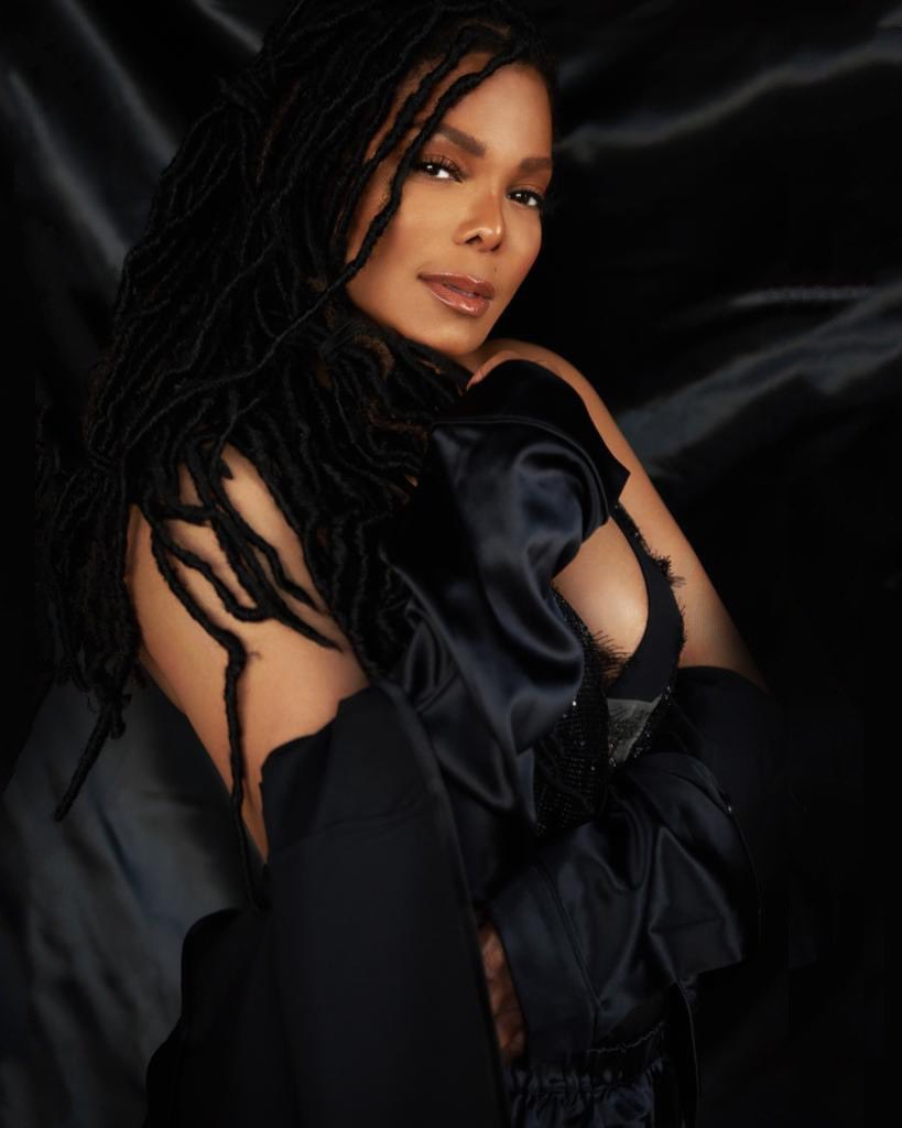 Happy belated birthday to such I'm iconic performer beautiful humanitarian beautiful heart she gives her fans so much loving energy stay safe and God bless everyone https://t.co/C9GiTUFF0z