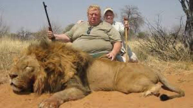 Please retweet if you think there should be a worldwide ban on trophy hunting.