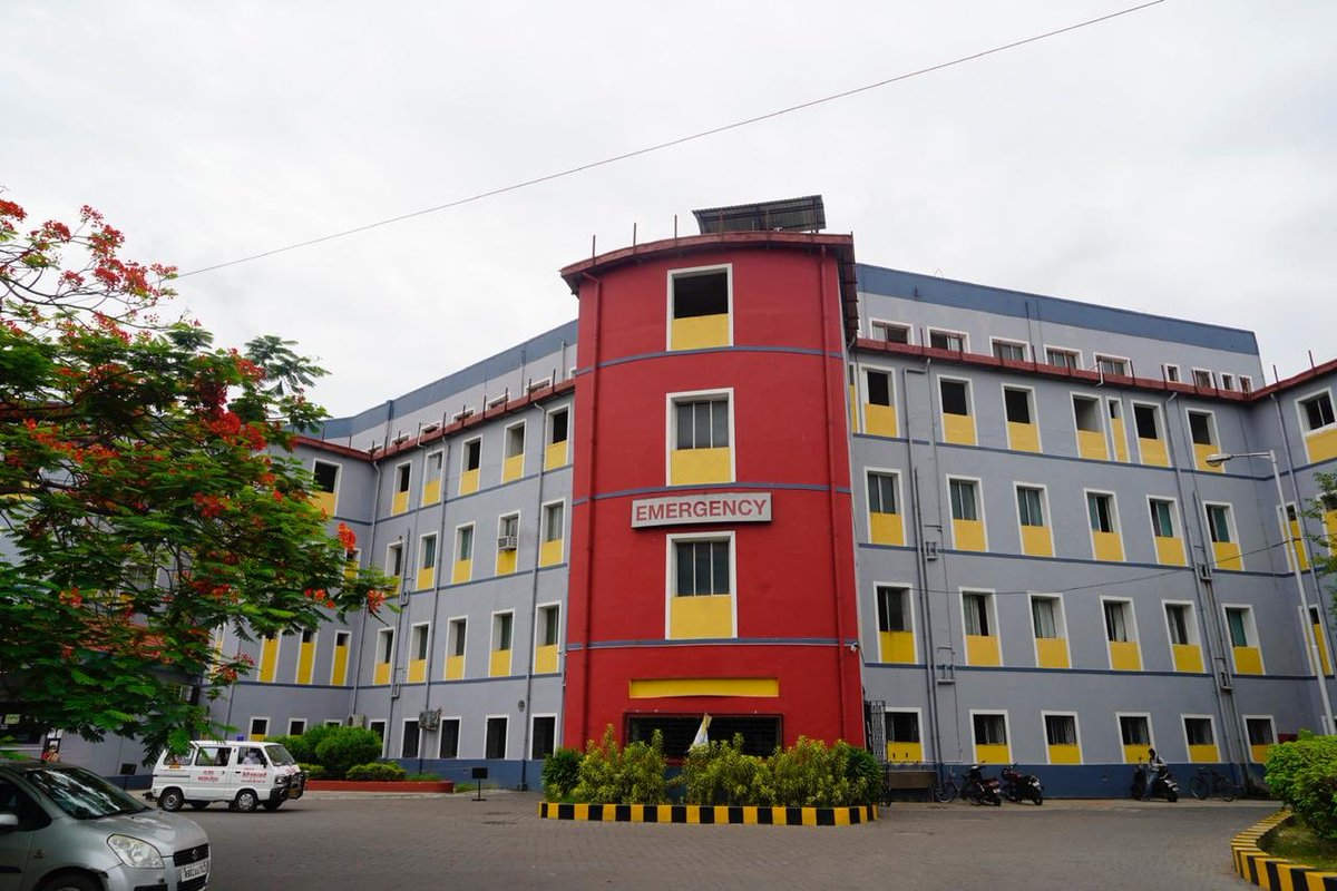 KPC Medical College & Hospital, Kolkata will be the State's 69th dedicated COVID hospital. As a full-fledged Govt designated free of cost COVID hospital, it will start functioning from today with 200 beds, further ramping up specialized COVID treatment capacity in the state. https://t.co/xwxa7nN3W1