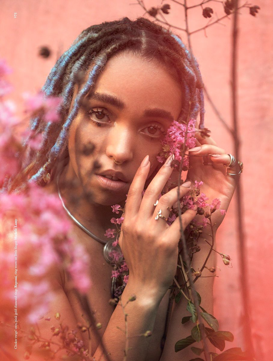 fka twigs could save us from eternal damnation but jesus could never come up with MAGDALENE <br>http://pic.twitter.com/mzm0IwLWfv
