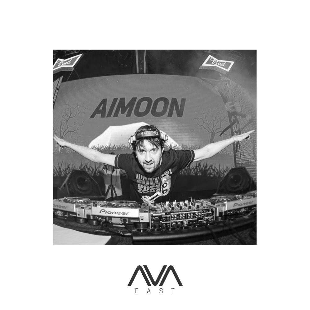 Aimoon's guest mix for our #AVAcast is now up! 📻🎶🎧 Listen here ⇨ https://t.co/vMrqSttk5y  @AimoonMusic #AVArecordings #AVAwhite #avafamily #trance #podcast #guestmix #trancefamily https://t.co/auce2Ymjtc