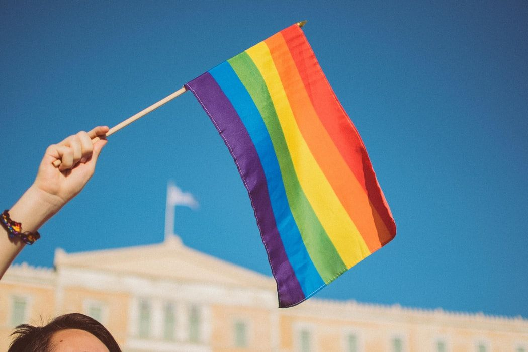 The Student Experience Team are creating a video for Pride month with Uni students, staff and alumni passing the rainbow to each other as a symbol of unity. We would love to see alumni get involved! Submit your video by 28th May. More info: https://t.co/byU49wXbXP #ABDNfamily https://t.co/gxW0CS6t9l