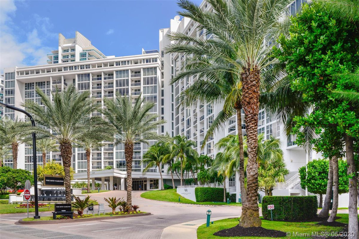 Beach Condo for Lease   $1,900 / month  0 Bed / 1 Bath (Studio) Bal Harbour, FL  Contact me to learn more!  #balharbour #miami #beachlife #luxuryhomes #realtor pic.twitter.com/YbKKni7eLE