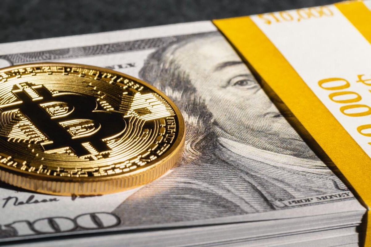 We at BitPay are seeing a great start to 2020 in terms of #bitcoin & #crypto #payments volume! Read more for some additional insight into which companies are driving this volume.  #blockchainpayments #XRP #Ripple   https://t.co/IKRbAIK9Jt https://t.co/TQiMRqDIYx