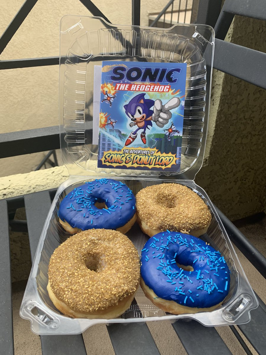 Sonic The Hedgehog On Twitter Artnartnart Click Https T Co Z8ptyyqzgk To Nominate A Graduate To Receive Donuts And An Awesome Sonicmovie Comic Book Sonicgiveaway Https T Co K2a5zg4kuj
