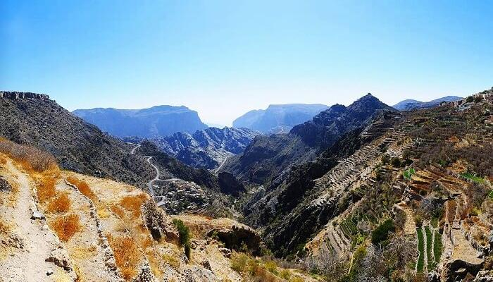 Jebel Akhdar is perfect for outdoor activities such as #hiking, #climbing and #trekking.  #JebelAkhdar #oman #trip #tourism #instaomanvisa #Visa https://t.co/YsLo4PVmf4