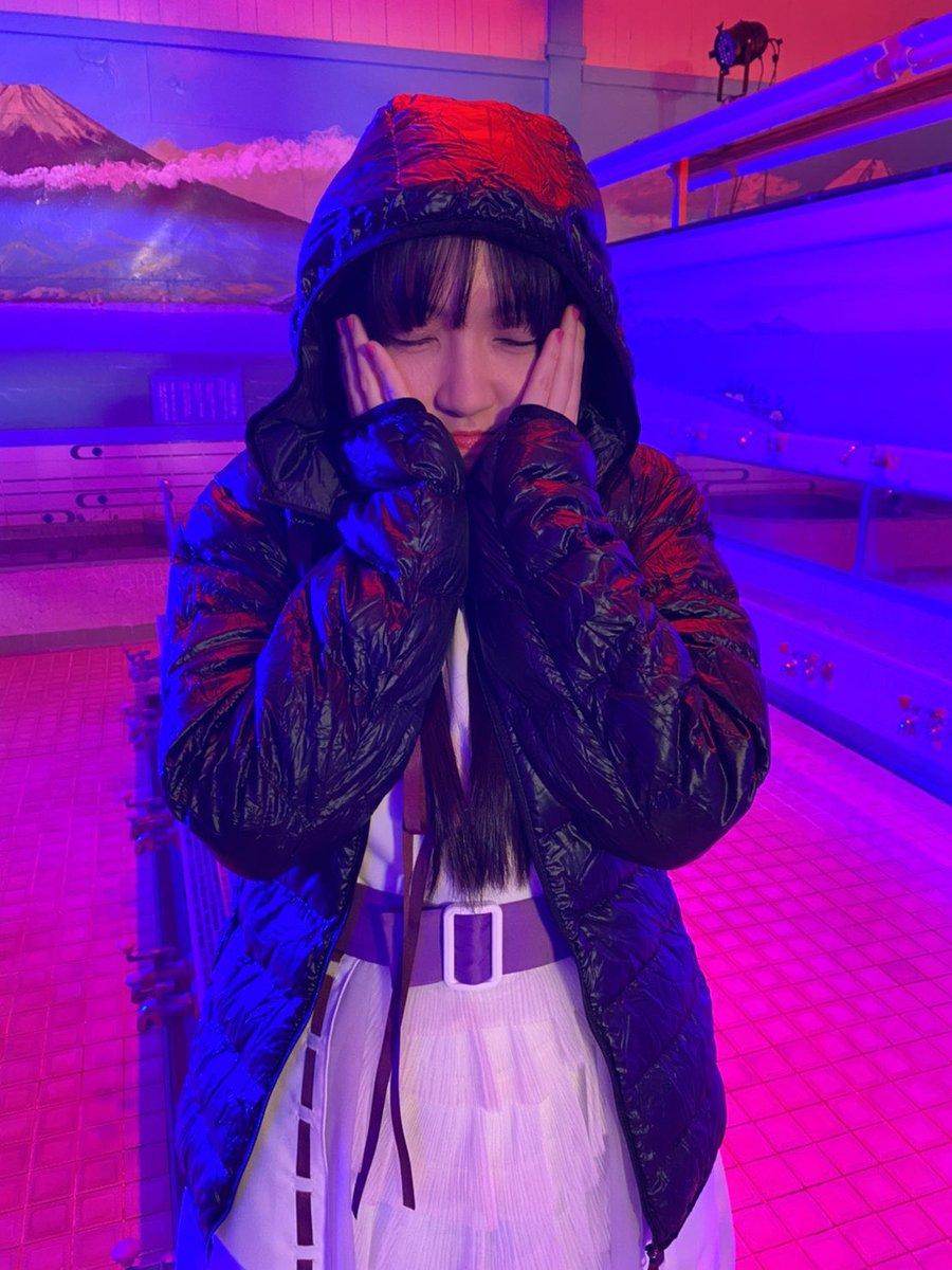 ワルキューレ4thシングル「#未来はオンナのためにある」が本日発売です💿3曲ともワルキューレの良さがぎゅっと詰まっています!是非たくさん聴いてくださいねっ!!!