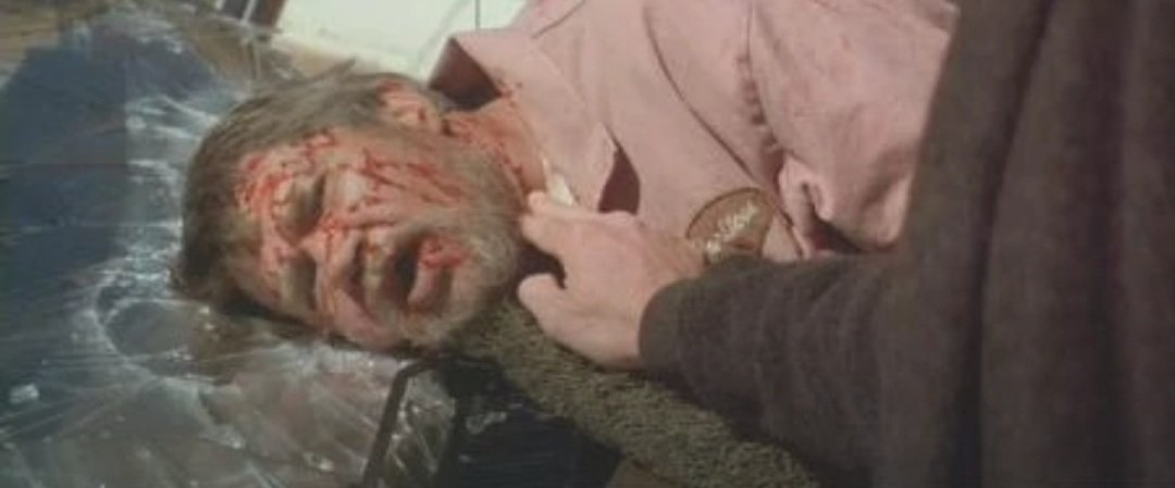 Tonight's... can you name that victim? #horror   pic.twitter.com/PdgoWle6kT