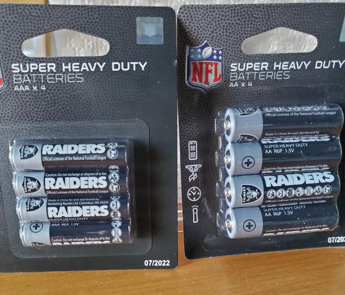 Found at the Dollar Tree today. Had to have them!! #Raiders <br>http://pic.twitter.com/wpe7Zz2uwD