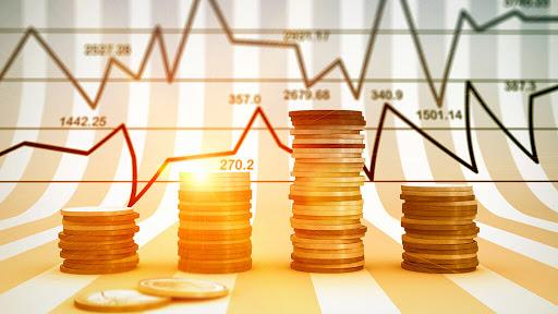 #Dolar Blue: cerró a 123 pesos en el mercado informal  La divisa cayó 15 #pesos en sólo dos jornadas. La semana pasada había llegado a niveles #record. El Central intervino en el #mercado para contener expectativas de #devaluación.  https://bit.ly/Dolar123pic.twitter.com/EGLXOJ7T6r