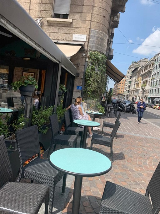 Yesterday morning few people in the shops and bars of a main street in #Milan, Italy, after the end of the #lockdown. I don't know if the lockdown has reduced deaths significantly or marginally, but it has had an important and negative impact on the economy and on our lives.pic.twitter.com/t88oTmhoqo