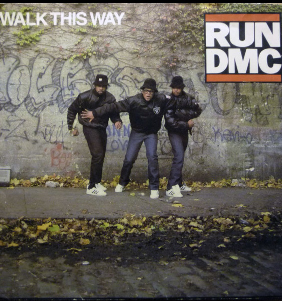 "Which 80s SONG Do You Prefer?  Run-DMC ""Walk This Way"" (1986) OR Beastie Boys (You Gotta) ""Fight For Your Right"" (To Party) 1987  @OfficialRunDMC #RunDMC @beastieboys #BeastieBoys #Music #Rap #Rock #HipHop #Records #Vinyl #Radio #Classic #1980s #80s #80sThen80sNow pic.twitter.com/aMHBAAhTPX"