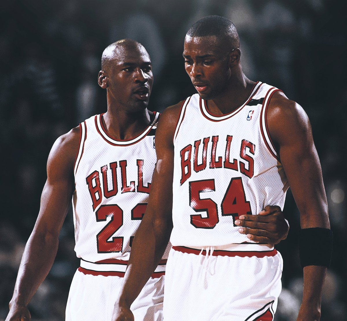 """Lie, lie, lie. ... If MJ had a grudge with me, let's settle this like men.""   Horace Grant responds to Michael Jordan saying Grant was the source for 'The Jordan Rules' book.  (via ESPN 1000 Chicago) https://t.co/hlJq4FFOgn"