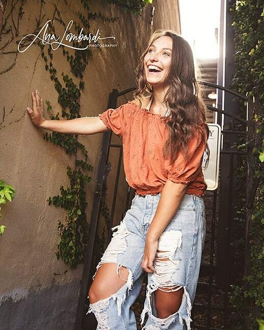 Wanna be this happy? The Answer is in your heart and soul. . . . #seniorstyleguide #seniorphotography #analombardiphotography #seniorinspire #sonyphotographer #portraits #seniorphotos #seniorologie #vikingstrong #NorthgateHS #EastCowetaHighschool #NHS #N… https://instagr.am/p/CAYz2msFc5f/ pic.twitter.com/CRa0tykVaM
