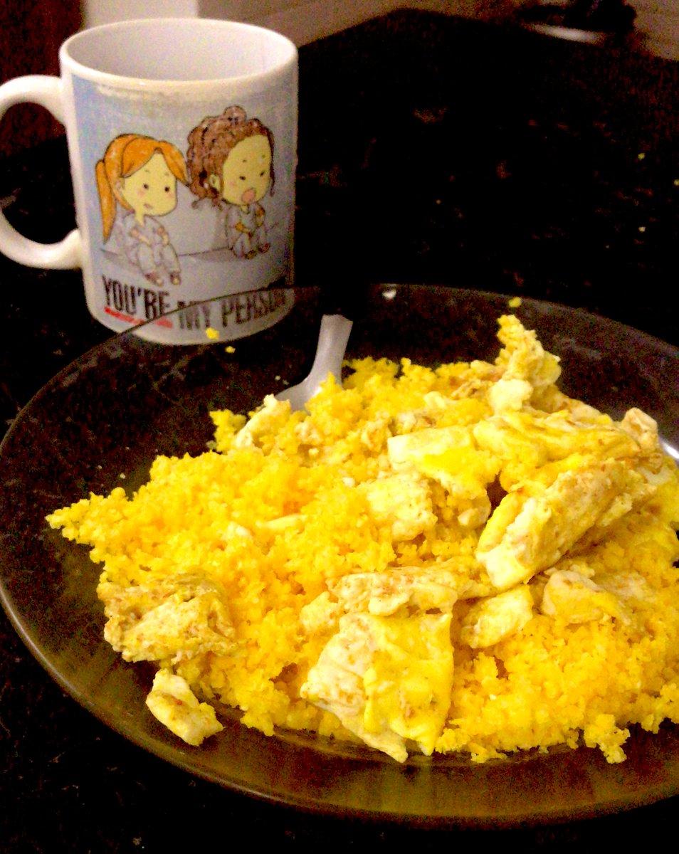 Cuscuzin com ovo e café  Não tem melhor não  #Cuscuz #Nordeste pic.twitter.com/dTKUQAHYxE