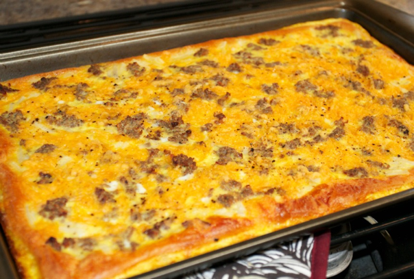 Pizza for breakfast? Count us in. Try out this tasty recipe: rebrand.ly/a8msl5z #GoRVing