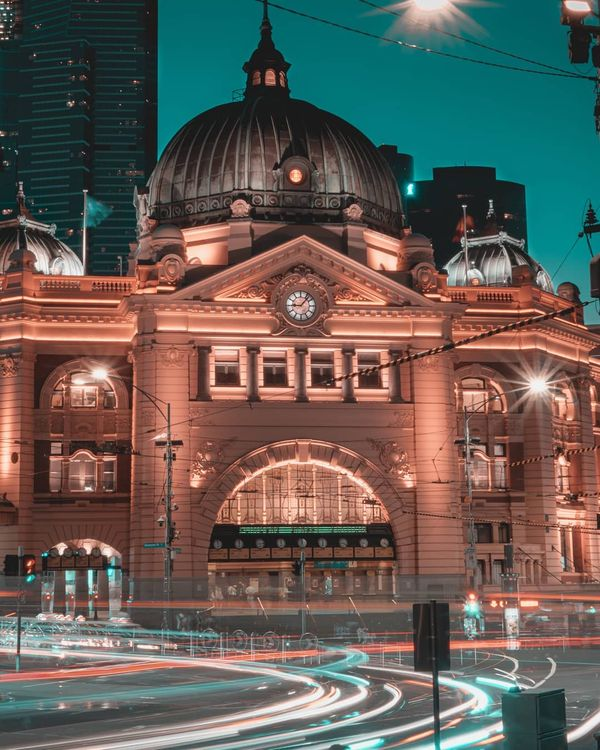 test Twitter Media - Today we're dreaming of a bustling Flinders Street Station at twilight ✨ 📸 via IG/creative.casualty https://t.co/KVNy2PVKFC