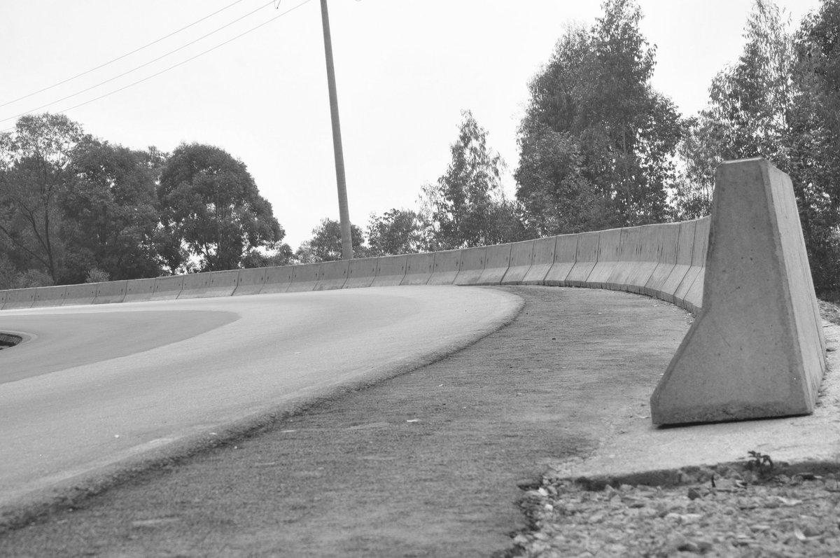 Crossing roads shots by me #Rodrigue niyonzima 📷 https://t.co/uHP0g0EolW