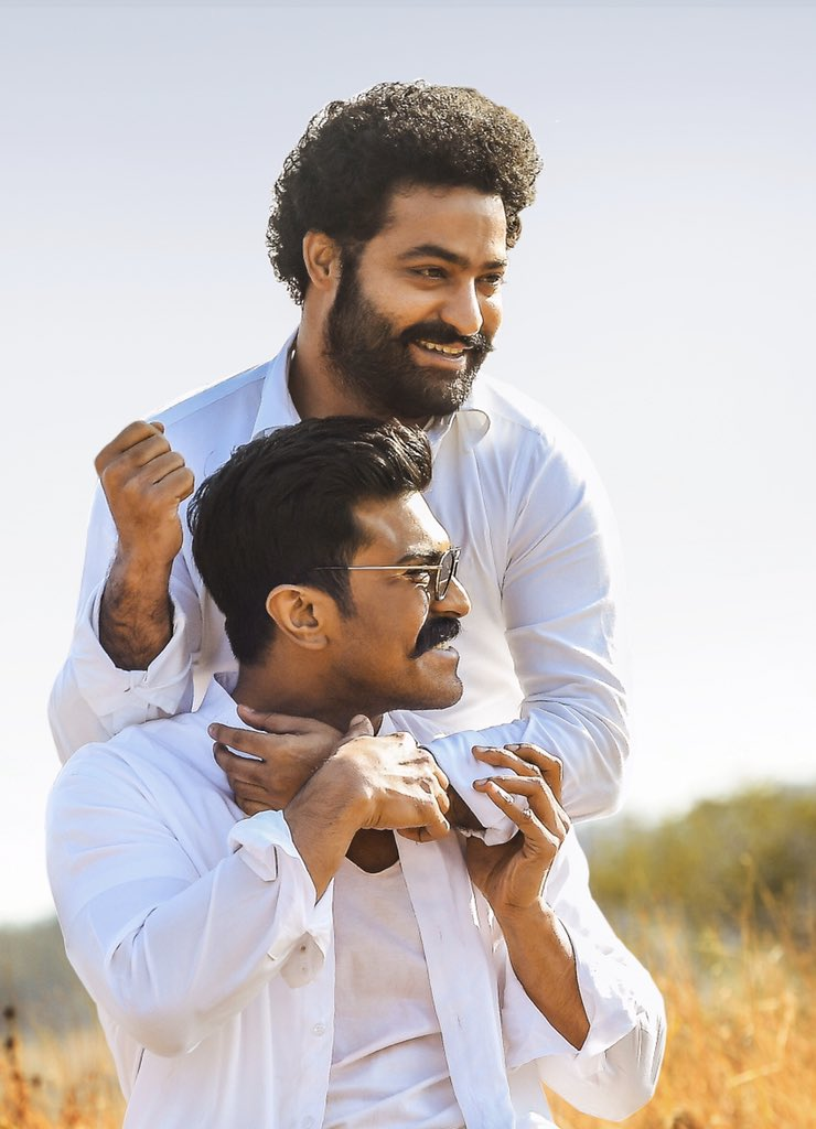 Happy Birthday to my dear brother @tarak9999! I know I owe you a return gift. But, I promise I will give you the best. More celebrations await... 🤗