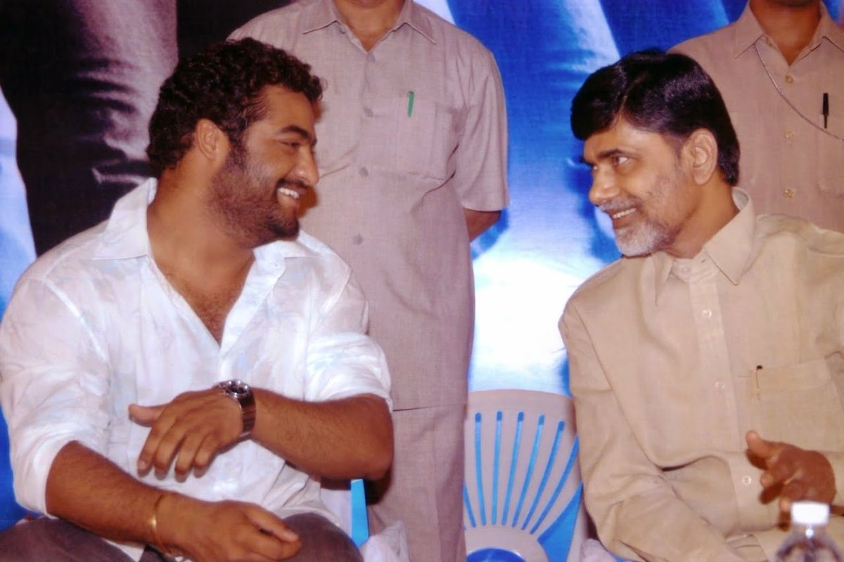 Present is discussing with Future #RarePic of @tarak9999 @ncbn #HappyBirthdayNTR #HappyBirthdayNTR #HappyBirthdayNTR #HappyBirthdayNTR