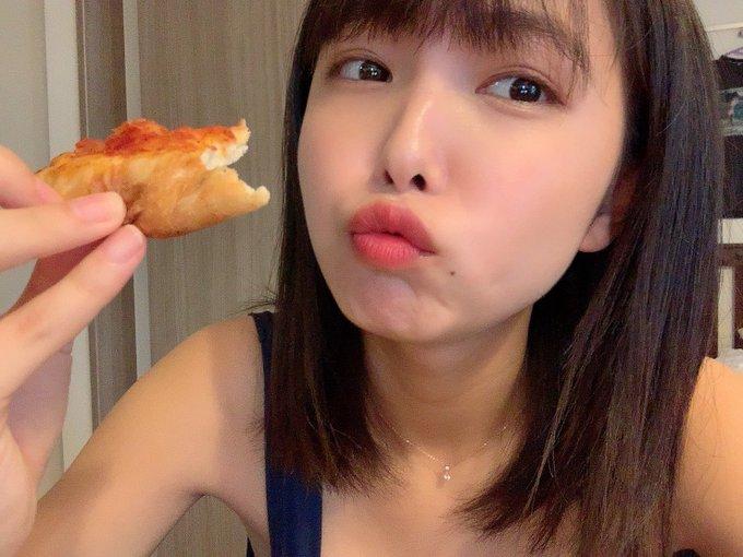 グラビアアイドル寺本莉緒のTwitter自撮りエロ画像34