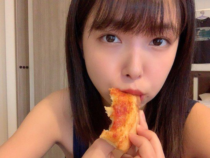 グラビアアイドル寺本莉緒のTwitter自撮りエロ画像33