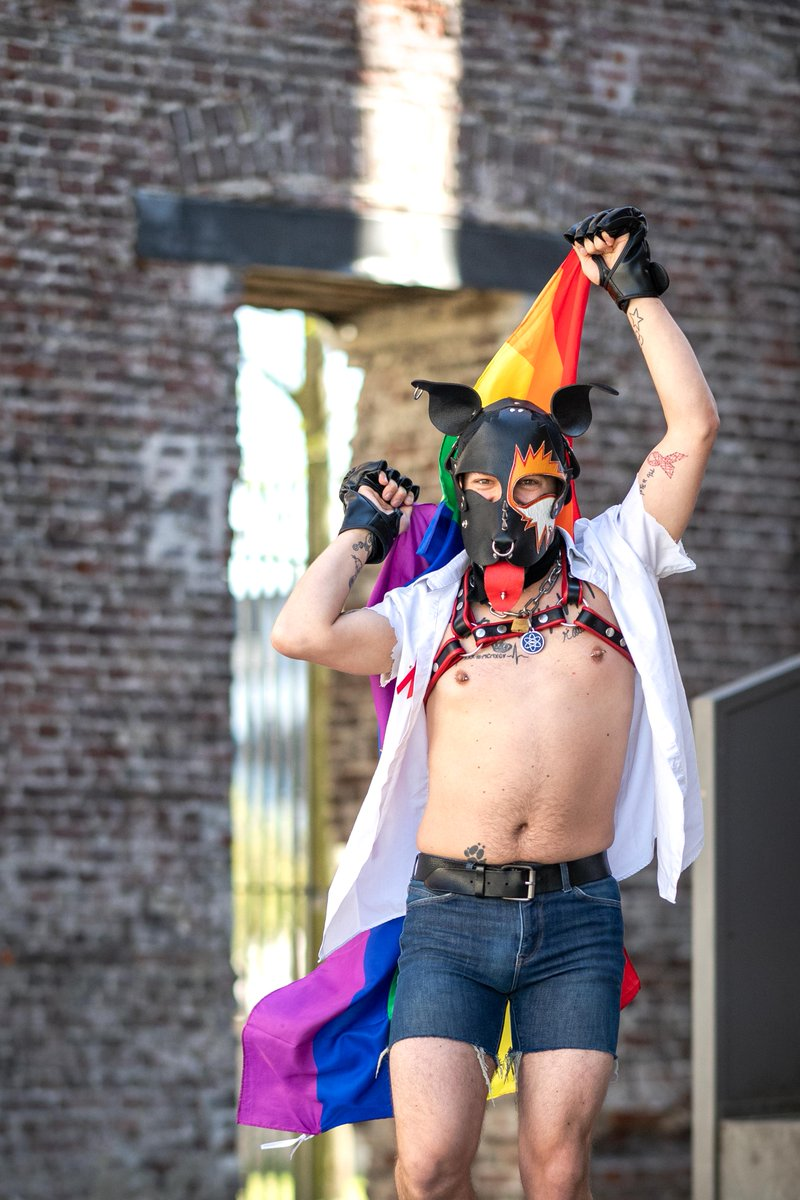 No Pride, but... as an alternative our friend Bob Reijnders has created a colourful serie of portraits of people who would have normally gone to the Pride this year. #pride #loveislove #LGBTQ #belgianpride #WeCare #PrideMonth https://t.co/IYBNOlzAbb