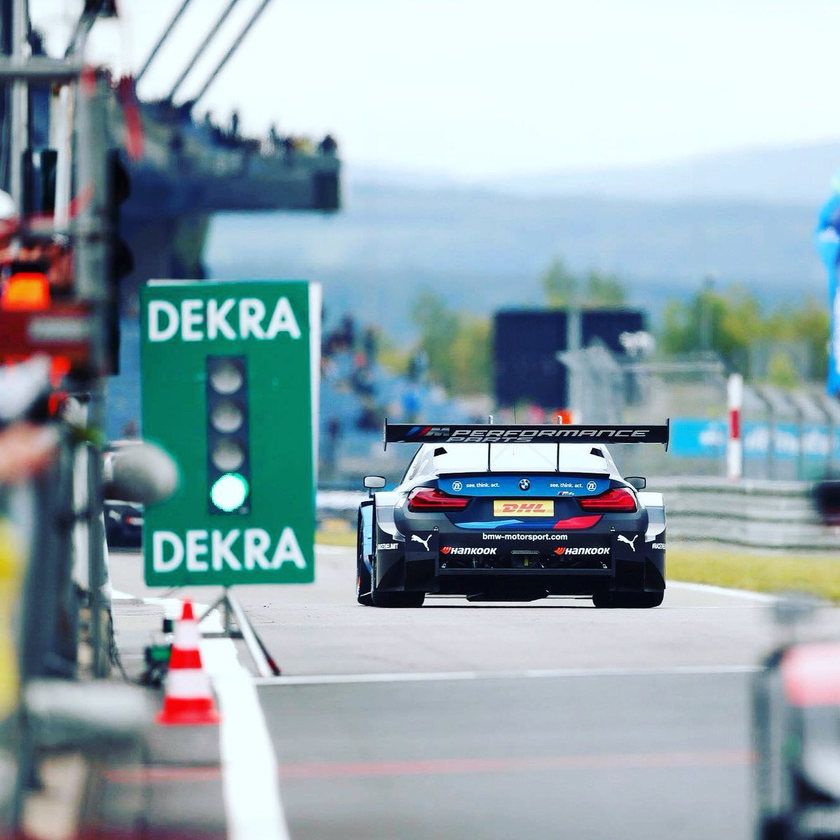 Back on track! 🚗💨 The official #DTM season test will take place from June 8 to 11, 2020 at the Nürburgring. This is the first time that the series will return to a racetrack.  A common health concept enables the implementation.  #nring https://t.co/mibaCIrIBO
