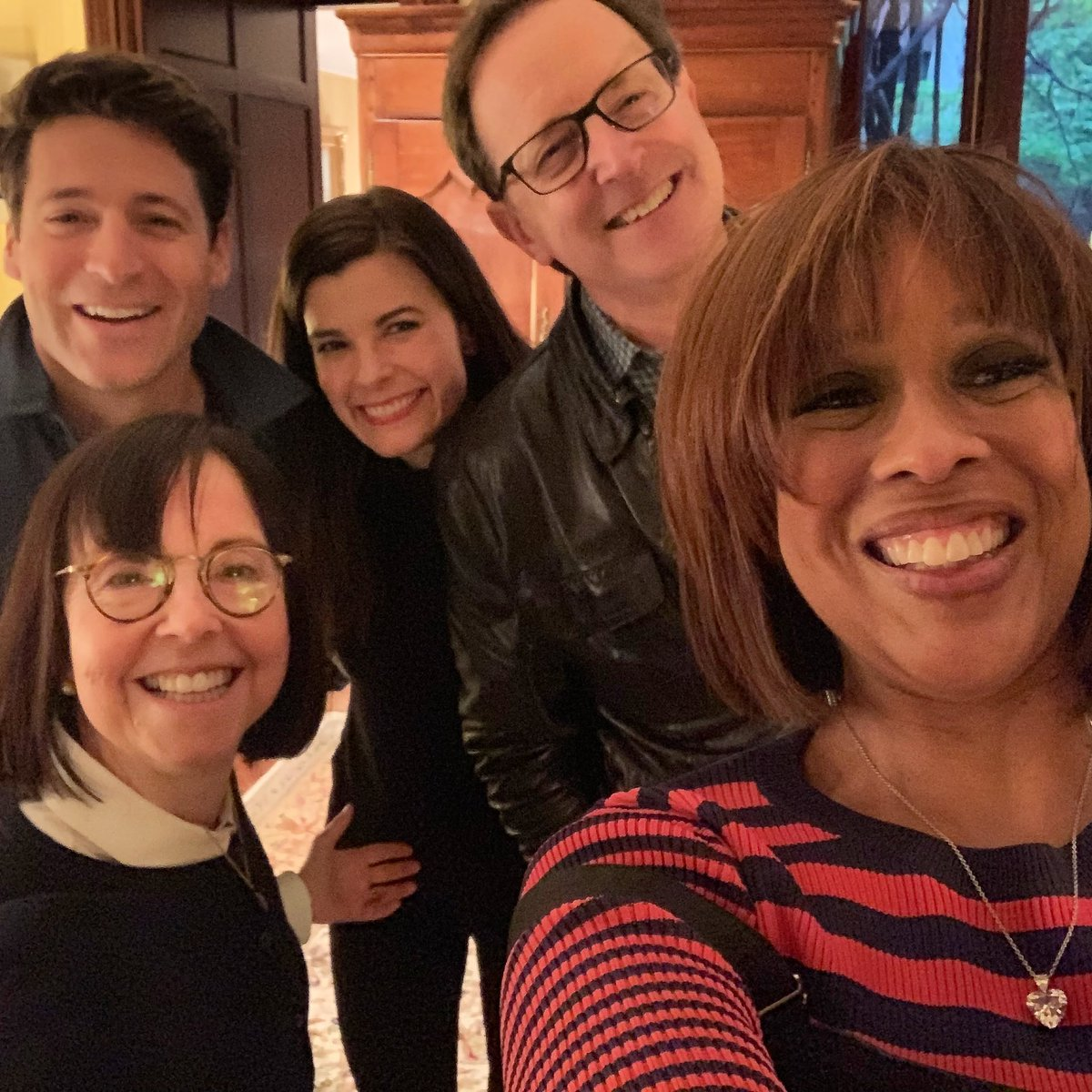 Happy Anniversary to Us! - a year ago w/@GayleKing, @tonydokoupil, exec producer @dianapmiller & our fearless leader @szirinsky at the first meeting of the new @CBSThisMorning team on the eve of our launch. We went on the air one year ago today! https://t.co/jUbwp2NPIX